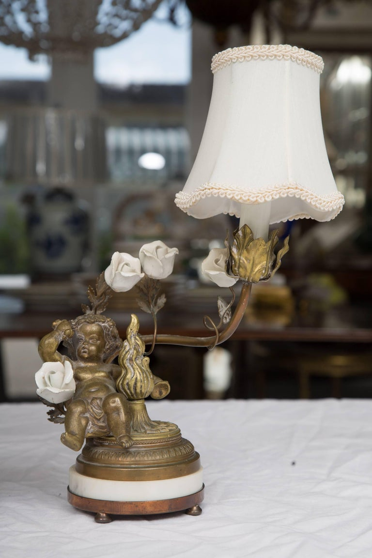 Pair of 19th Century French Bronze Lamps with Putti For Sale 2