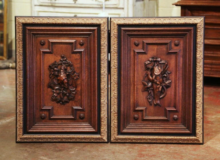Pair of 19th Century French Carved Oak Wall Door Panels in Gilt Frames In Excellent Condition For Sale In Dallas, TX