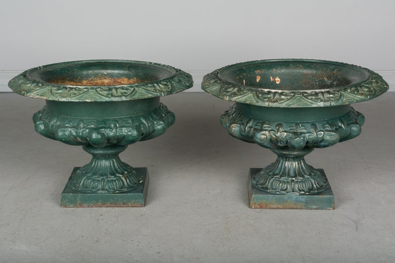 Pair of 19th Century French Cast Iron Urns For Sale 1