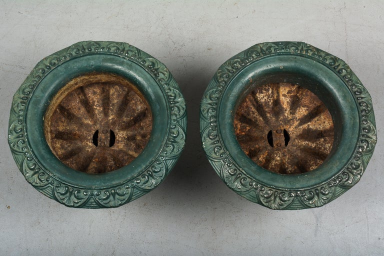 Pair of 19th Century French Cast Iron Urns For Sale 2