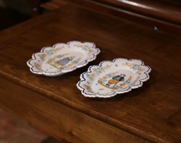Pair of 19th Century French Faience Oval Wall Plates Signed Henriot Quimper For Sale 2