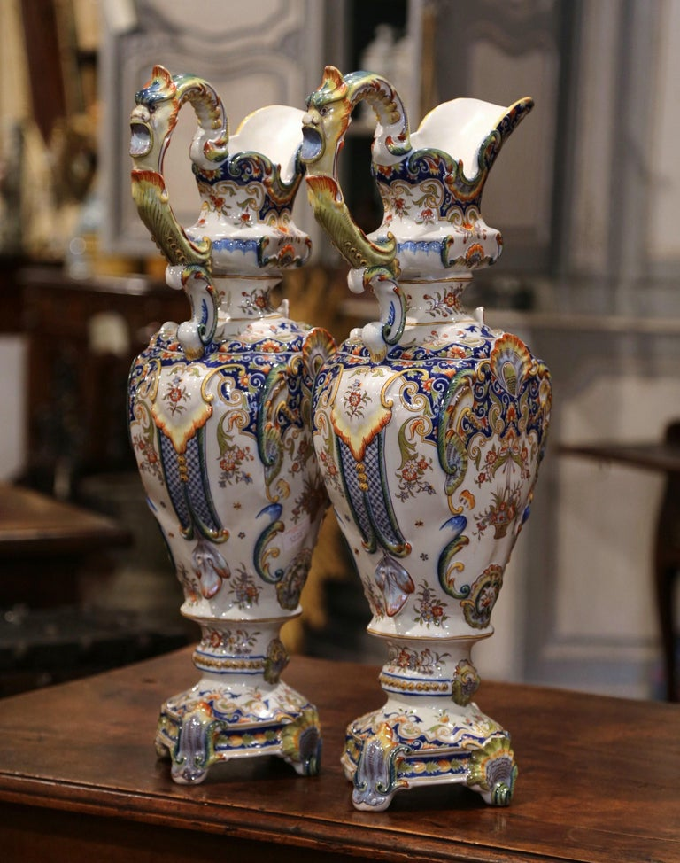 Pair of 19th Century French Hand Painted Faience Ewers Jars from Rouen In Excellent Condition For Sale In Dallas, TX