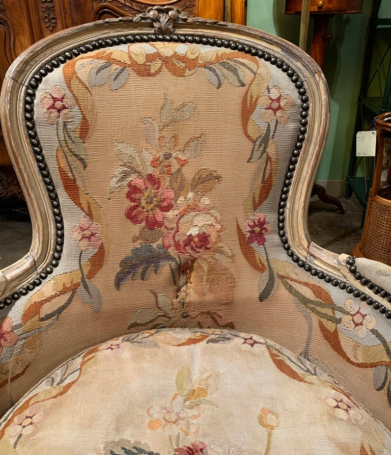 Pair of 19th Century French Louis XV Carved Armchairs with Aubusson Tapestry For Sale 6