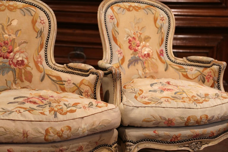 Pair of 19th Century French Louis XV Carved Armchairs with Aubusson Tapestry For Sale 2