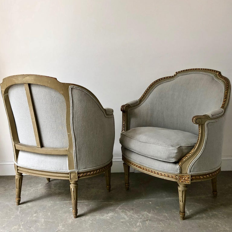 Hand-Carved Pair of 19th Century French Louis XVI Style Bergères For Sale