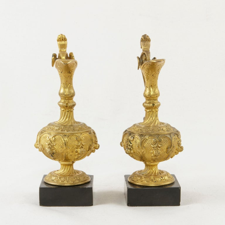 Pair of 19th Century French Napoleon III Period Gilt Bronze Altar Cruets In Good Condition For Sale In Fayetteville, AR