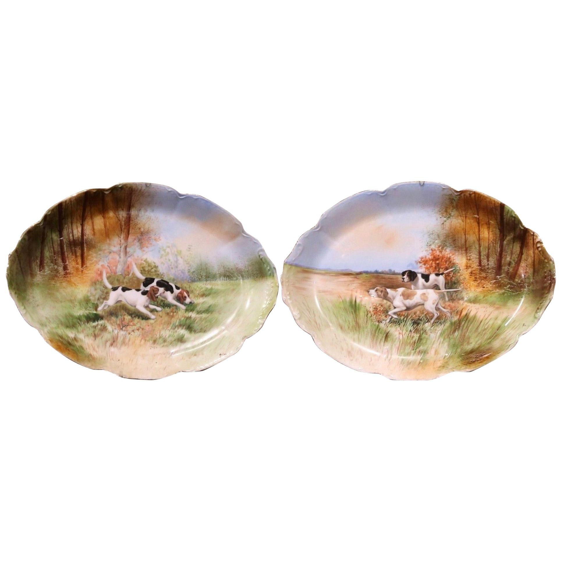 Pair of 19th Century French Old Paris Painted Porcelain Hunt Dogs Wall Platters