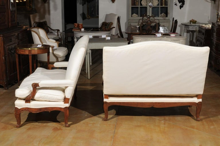 Pair of 19th Century French Régence Style Upholstered Canapés with Cabriole Legs For Sale 6