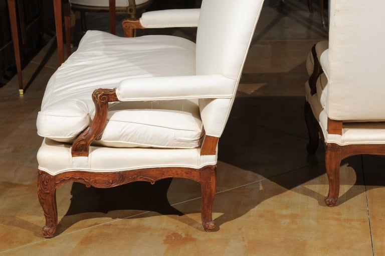 Pair of 19th Century French Régence Style Upholstered Canapés with Cabriole Legs For Sale 7