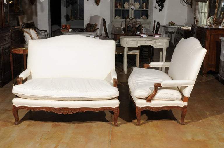 Pair of 19th Century French Régence Style Upholstered Canapés with Cabriole Legs For Sale 8