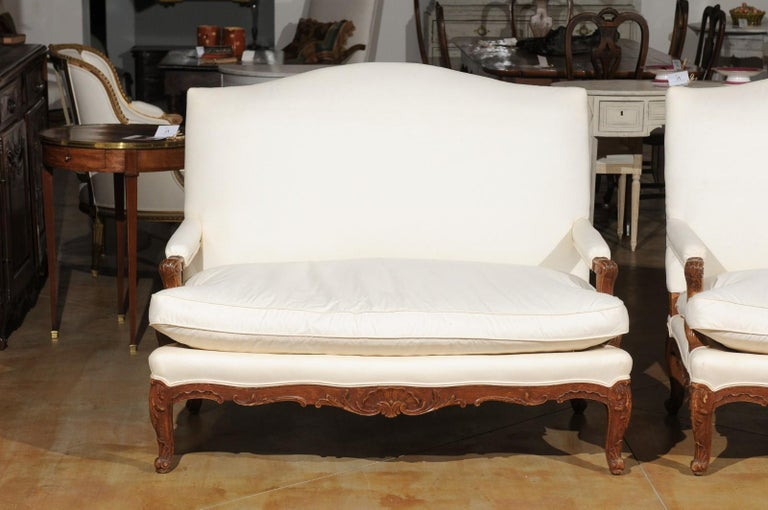 Pair of 19th Century French Régence Style Upholstered Canapés with Cabriole Legs For Sale 1