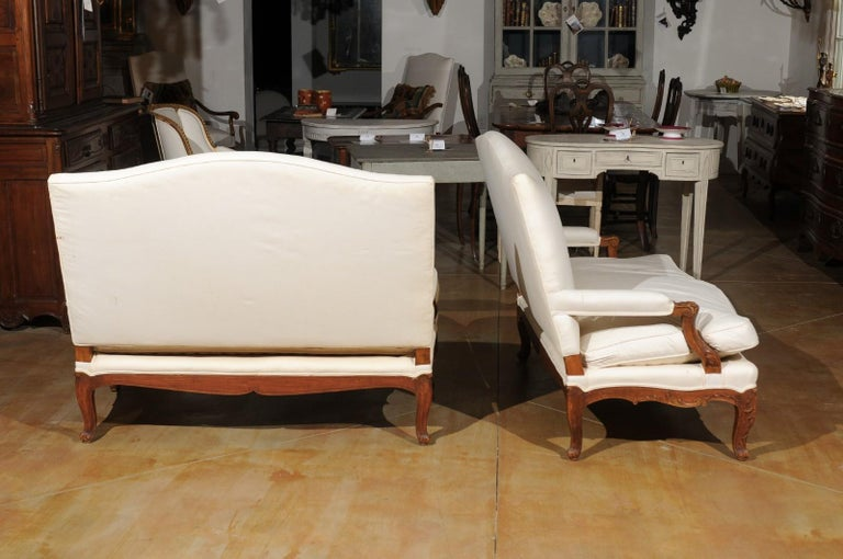Pair of 19th Century French Régence Style Upholstered Canapés with Cabriole Legs For Sale 5