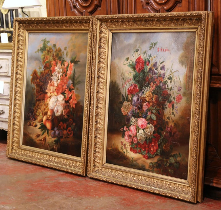 Pair of 19th Century French Still Life Flower Paintings in Gilt Frames For Sale 4