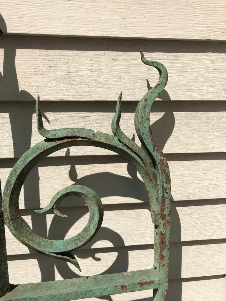 Pair of 19th Century French Wrought Iron Vineyard Entrance Gates from Bordeaux For Sale 6