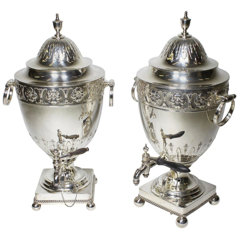 Pair of 19th Century George III Style Plated Hot Water Samovars, Elkington For Sale