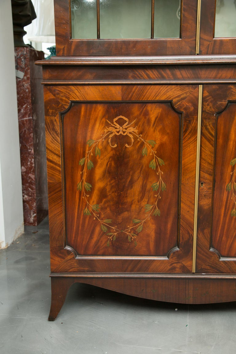 Pair of 19th Century Georgian Style Mahogany Bookcases For Sale 4