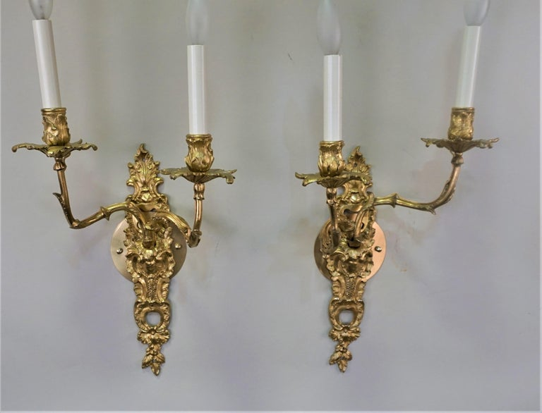 Pair of 19th Century Gilt Bronze Wall Sconces For Sale 2