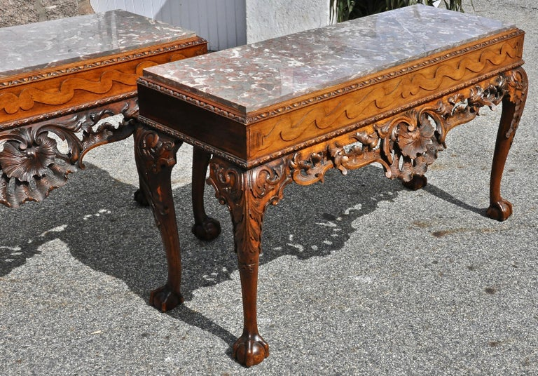 Pair of 19th Century Irish Georgian Walnut Console Tables In Good Condition For Sale In Essex, MA