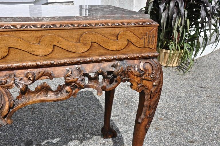 Pair of 19th Century Irish Georgian Walnut Console Tables For Sale 1