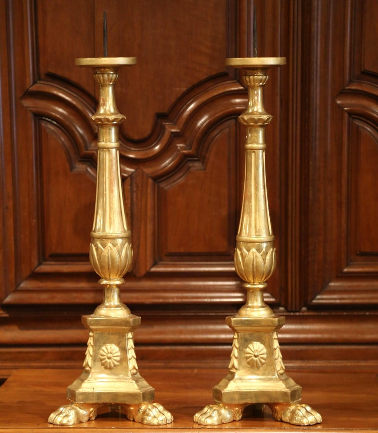 Pair of 19th Century Italian Carved Giltwood Cathedral Candlesticks In Excellent Condition For Sale In Dallas, TX
