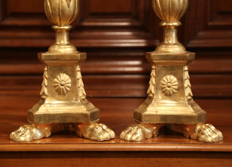 Pair of 19th Century Italian Carved Giltwood Cathedral Candlesticks For Sale 1