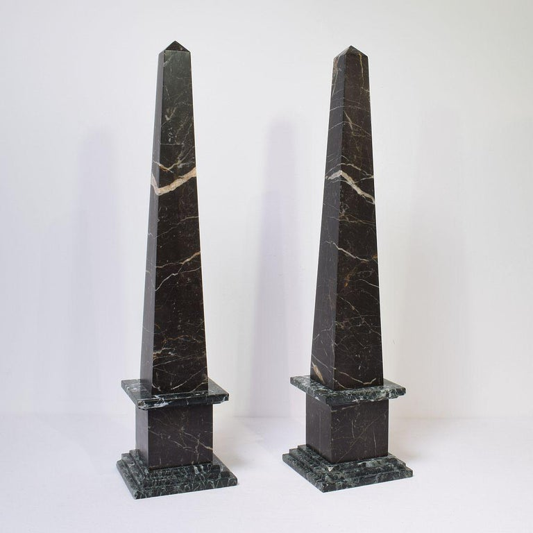 Pair of 19th Century Italian Grand Tour Marble Obelisks In Good Condition For Sale In Amsterdam, NL
