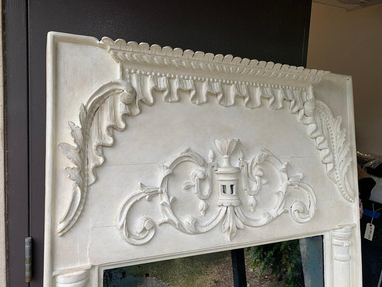 Pair of 19th Century / 20th Century Italian Hand Carved Mirrors  Custom Finish In Good Condition For Sale In Atlanta, GA