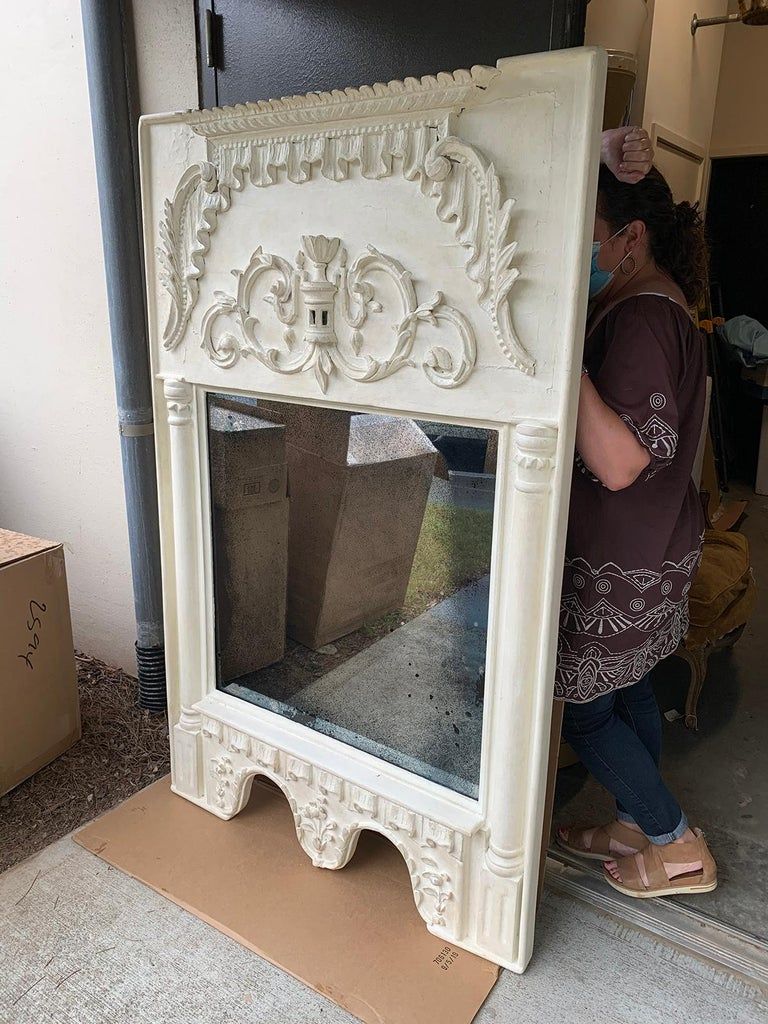 Pair of 19th Century / 20th Century Italian Hand Carved Mirrors  Custom Finish For Sale 3