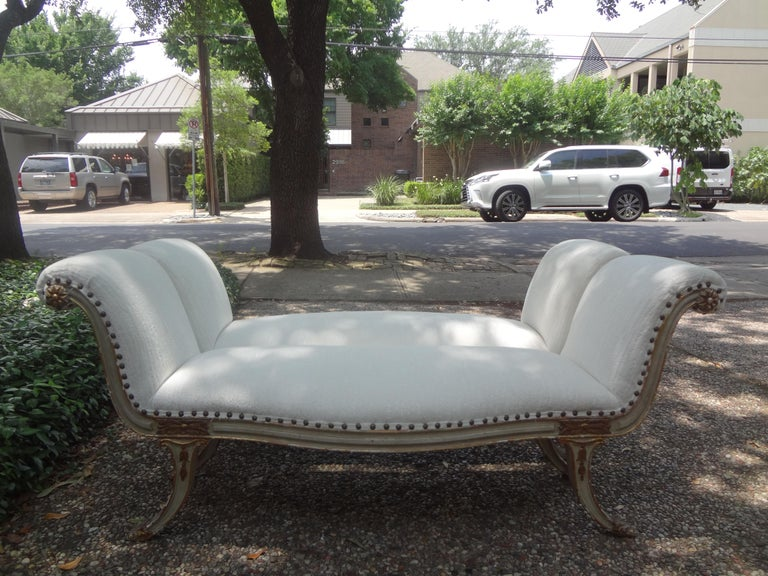 Pair of 19th Century Italian Painted and Parcel-Gilt Benches For Sale 8