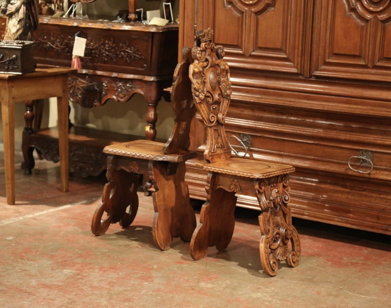 Pair of 19th Century Italian Renaissance Carved Walnut Sgabello Hall Chairs For Sale 8