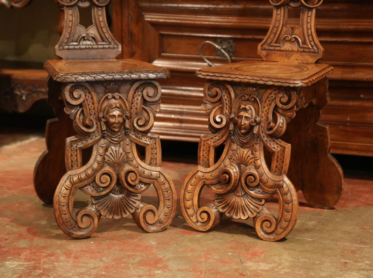 Pair of 19th Century Italian Renaissance Carved Walnut Sgabello Hall Chairs For Sale 3