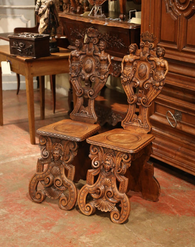 Pair of 19th Century Italian Renaissance Carved Walnut Sgabello Hall Chairs For Sale 4