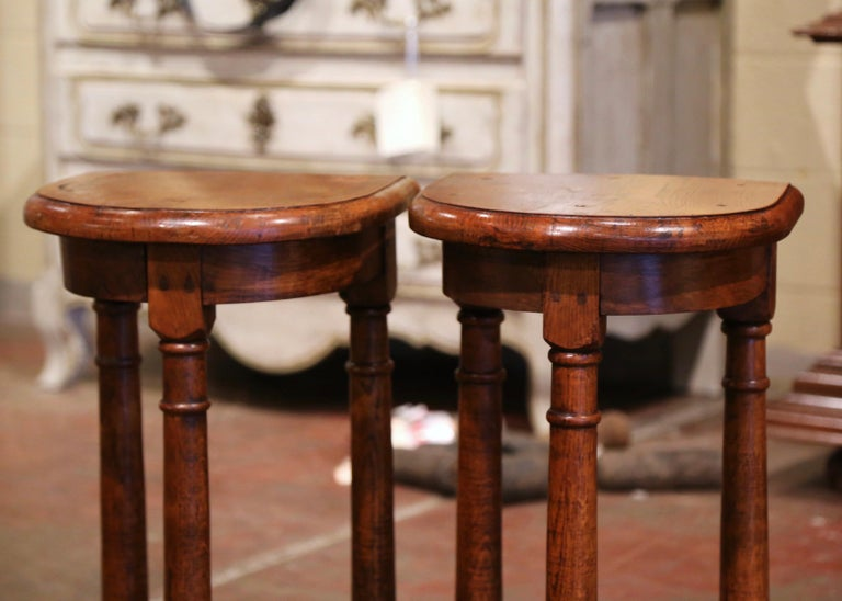 Pair of 19th Century Louis XIII Oak Three-Leg Demilune Side Tables For Sale 2