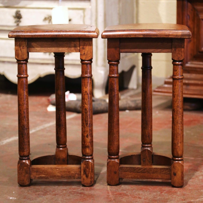 Pair of 19th Century Louis XIII Oak Three-Leg Demilune Side Tables For Sale 3