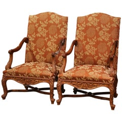 Pair of 19th Century Louis XV Carved Walnut Armchairs from Provence