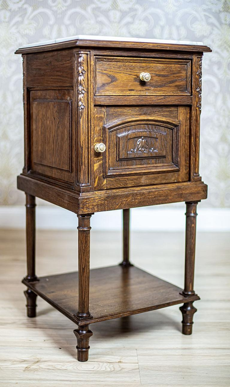 Pair of 19th Century Oak Nightstands In Good Condition For Sale In Opole, PL