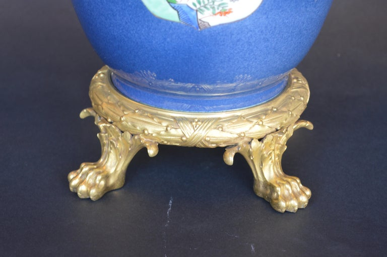 Pair of 19th Century Ormolu-Mounted Chinese Porcelain Vases For Sale 3
