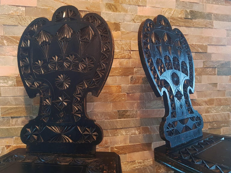 Pair of 19th Century Primitive Rustic Minimal Carved Wood Board Chairs For Sale 9