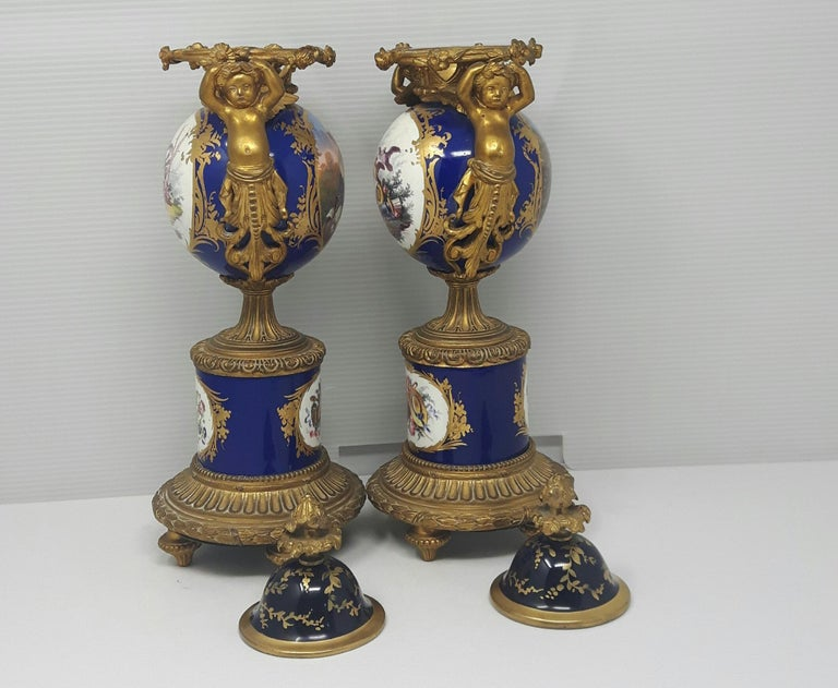 Bronze Pair of 19th Century Sèvres-Style Vases For Sale