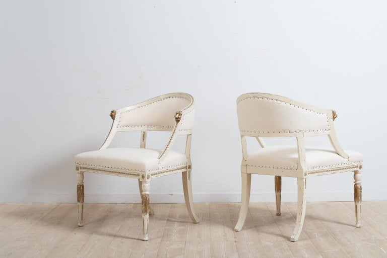 Pair of 19th Century Swedish Barrel Back Armchairs In Good Condition For Sale In Kramfors, SE