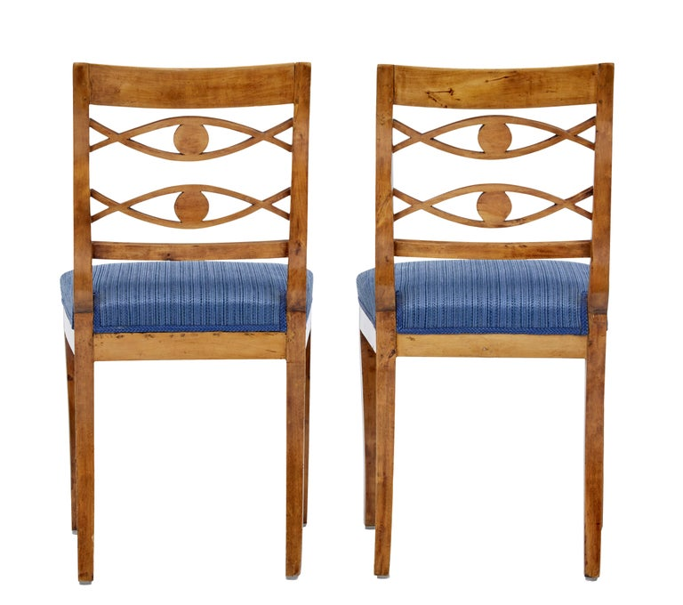 Woodwork Pair of 19th Century Swedish Birch Side Chairs For Sale