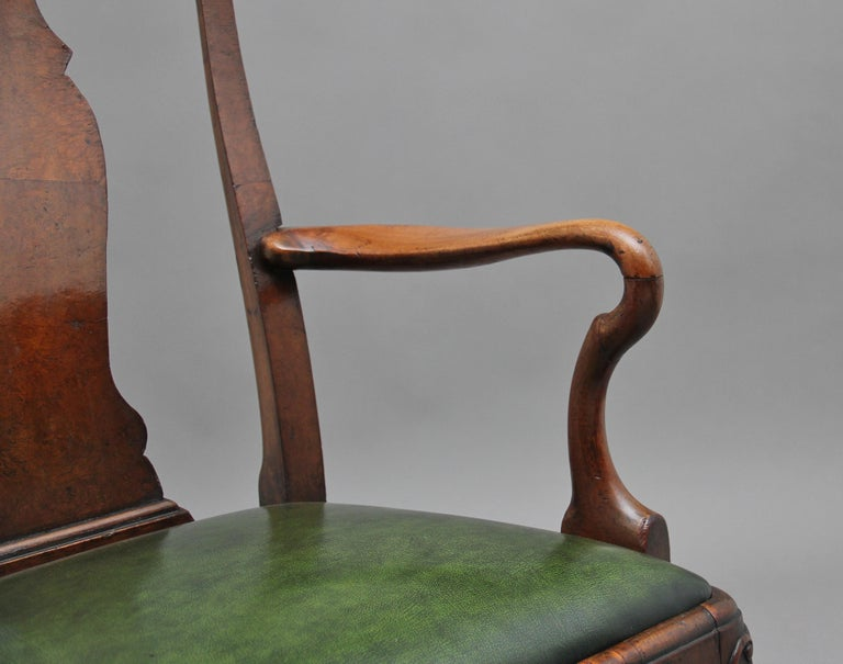 Pair of 19th Century Walnut Armchairs For Sale 4