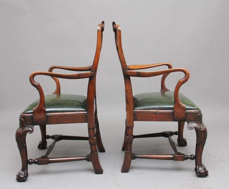 British Pair of 19th Century Walnut Armchairs For Sale
