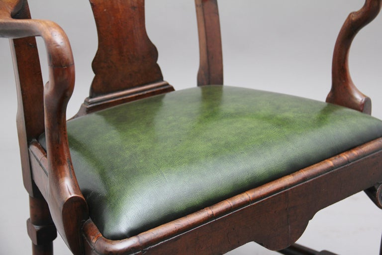 Pair of 19th Century Walnut Armchairs For Sale 3