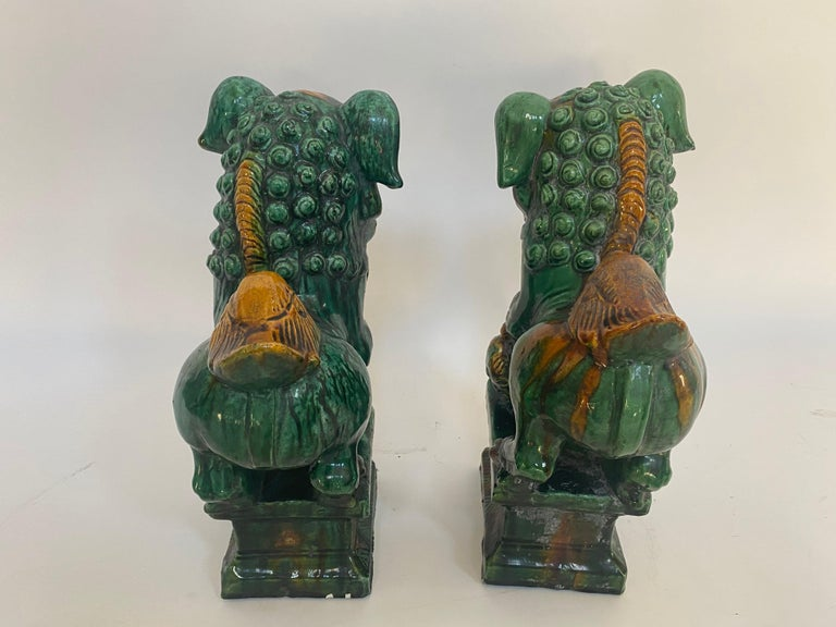 Pair of 19th Chinese Tri-Colored Glazed Foo Lions /Dogs In Good Condition For Sale In Brea, CA