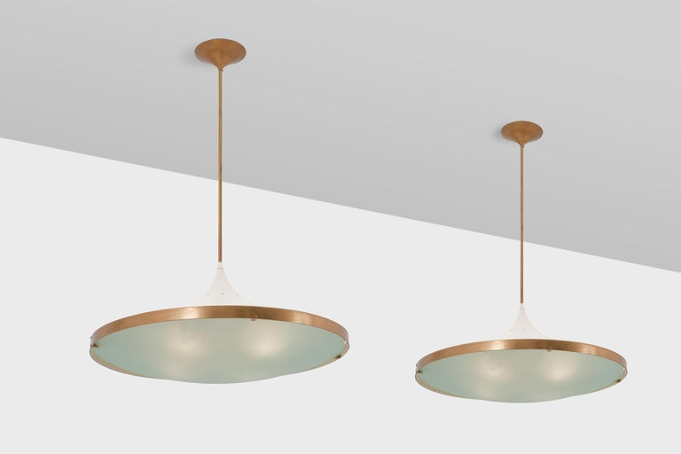 Rare pair of big '2064' chandeliers by Max Ingrand for Fontana Arte, Italy 1955. Elegant design made out of forced lacquered aluminium, a beautiful curved satin crystal glass diffuser and refined brass details. All from the highest quality, as you