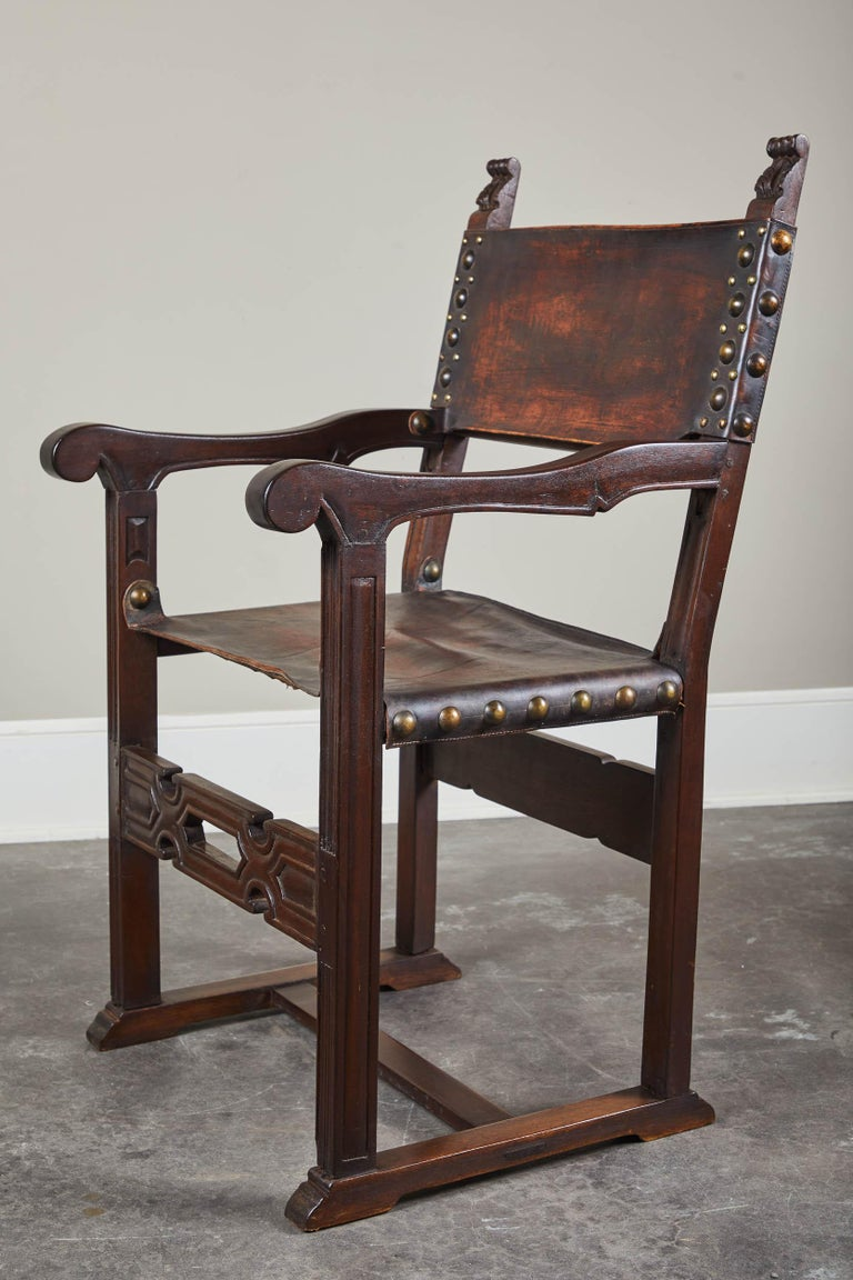 Pair of 20th Century South American Armchairs with Leather Seat and Back For Sale 5