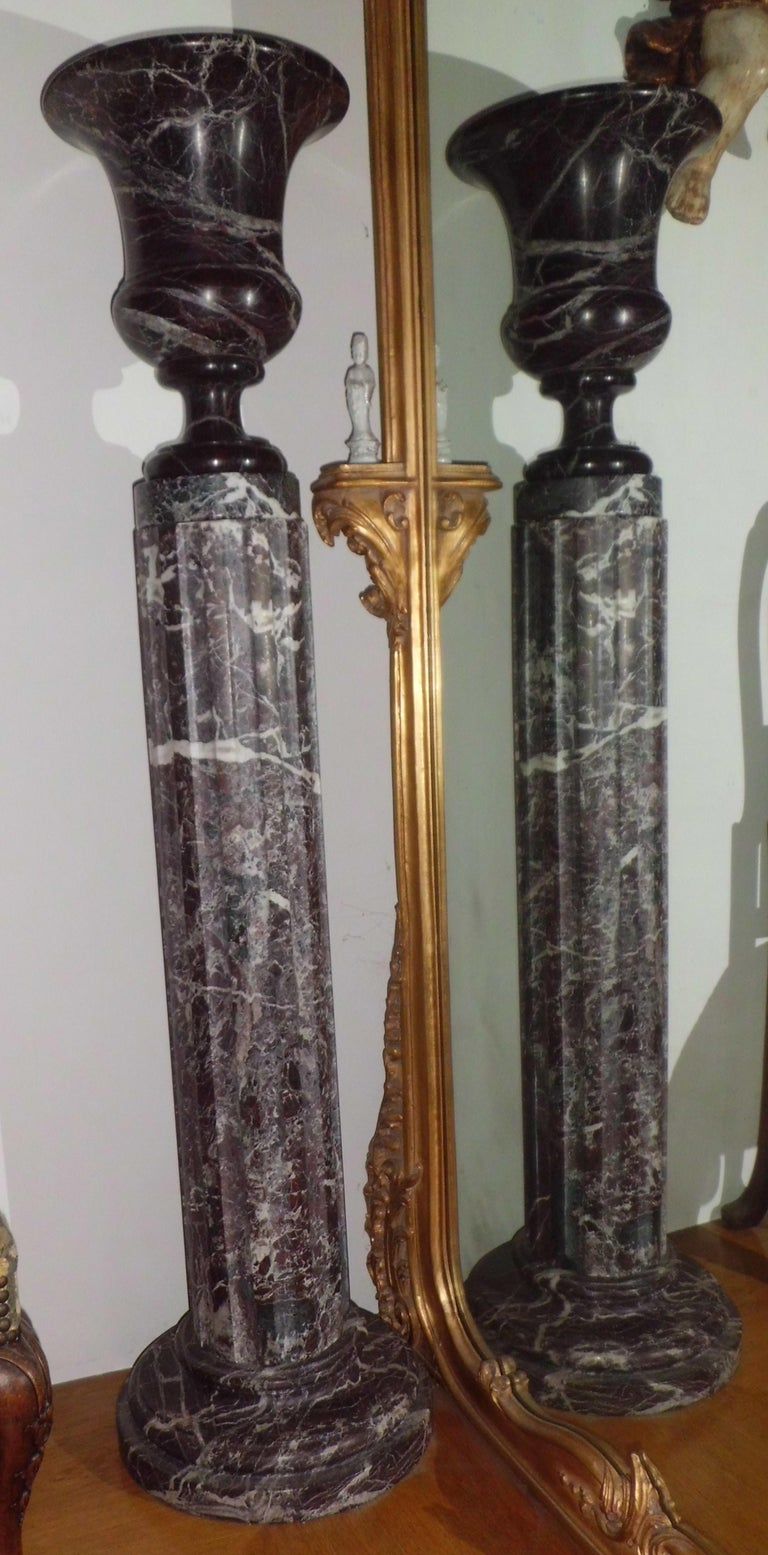 Pair of 20th Century Neoclassical Levanto Red Marble Fluted Columns, Italy, 1930 For Sale 2