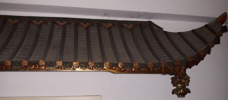 Pair of 20th Cent Pagoda Roofs, China 1908, Hand Carved, Guilted, Red Lacquer In Good Condition For Sale In Lentate sul Seveso (Mb), IT