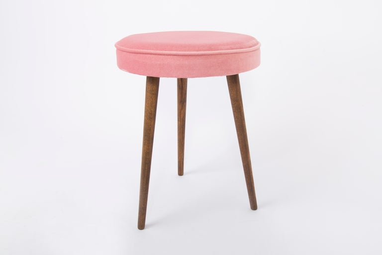 Hand-Crafted Pair of 20th Century Baby Pink Stools, 1960s For Sale